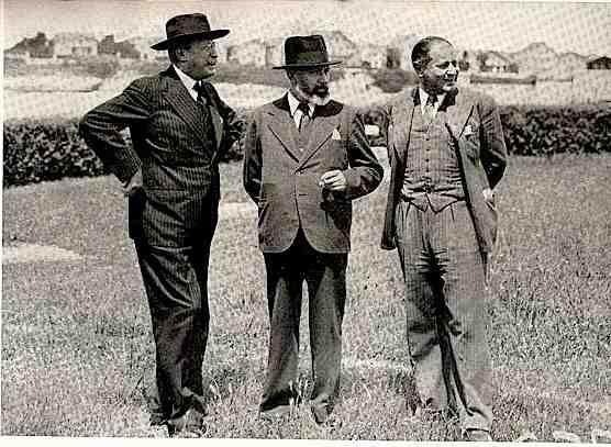 Léon Blum, Marx Dormoy et André Blumel, en 1938, au congrès de Royan.