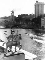 Les pavillons italiens, allemands et soviétique à l'exposition universelle de 1937 (coll. MHV)